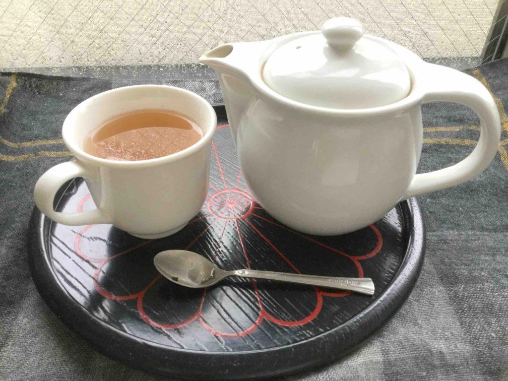 生姜湯・生姜紅茶で体のうちから殺菌:風邪の予防や冷え性にも ♪
